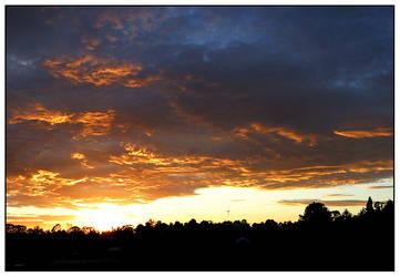 Katoomba sunrise-1 by mountain-troll