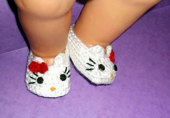 Hello Kitty Baby Booties Crochet Pattern by PatternStudio