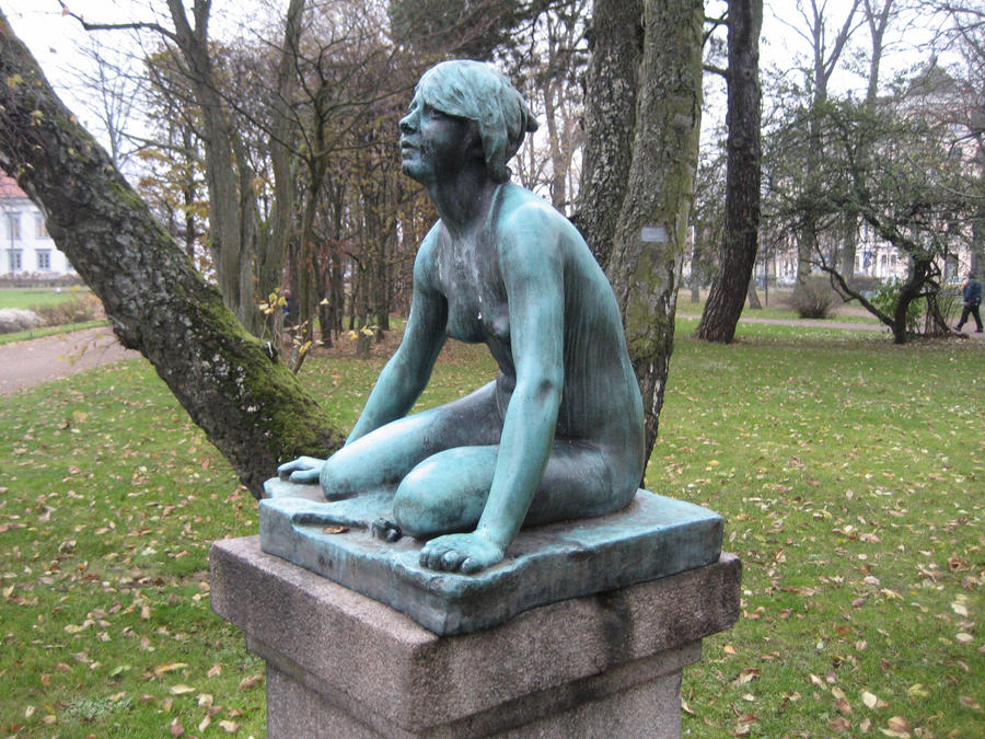 Girl statue by CAStock