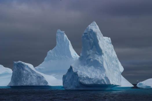 Mighty icebergs