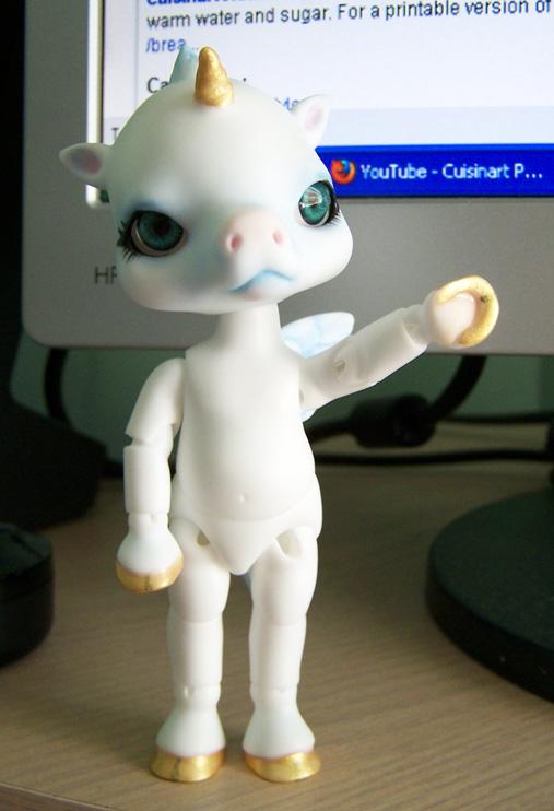 Little Unicorn by AcexKeikai