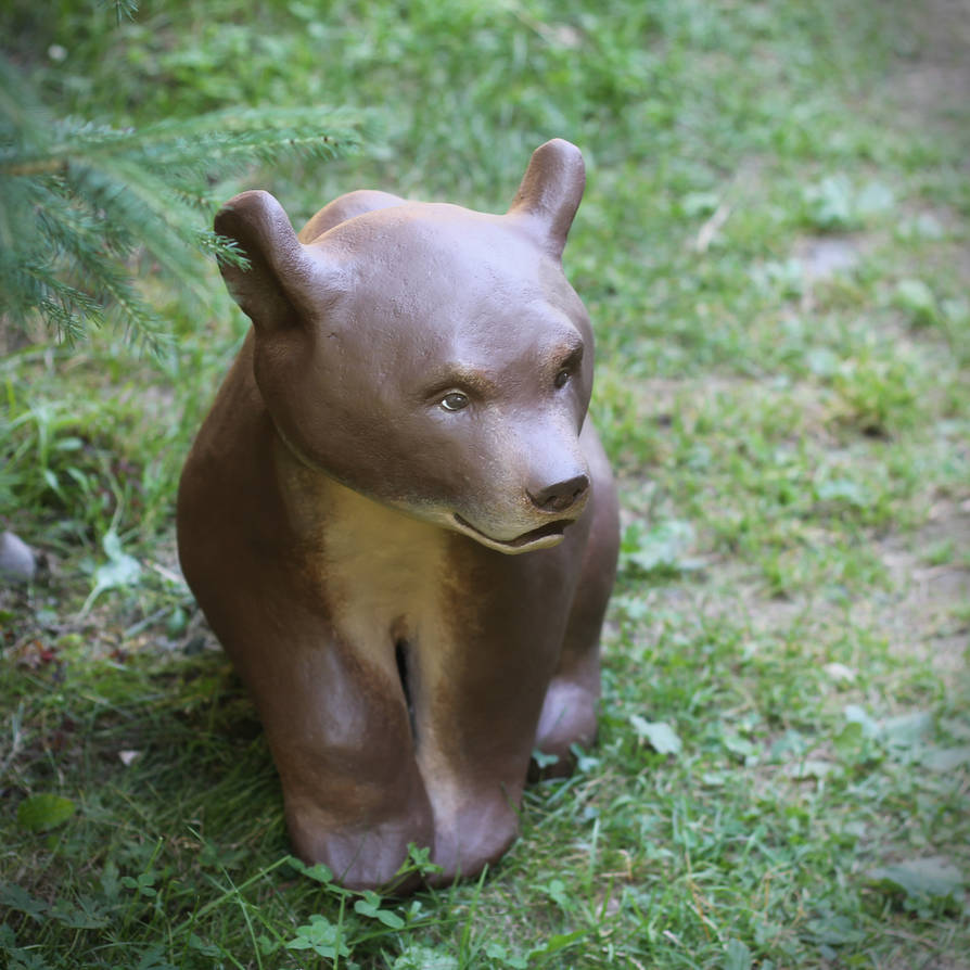 The bear [sculpture] by Irentoys