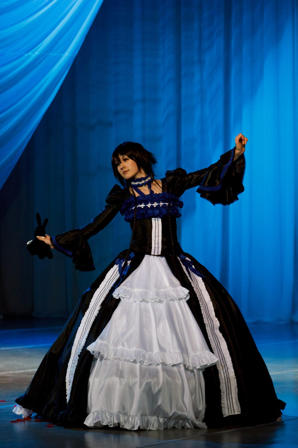Alice by Veliya