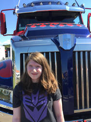 Front of Optimus by TheHiddenPredacon