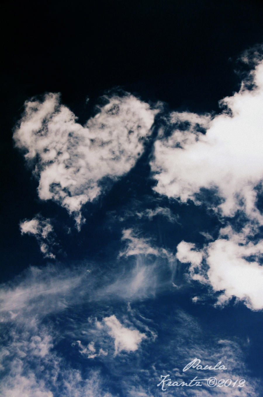 Cloud Shaped Heart by Thilu