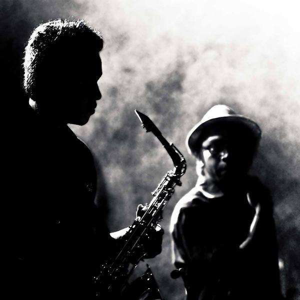 saxophoniste by ninoynine