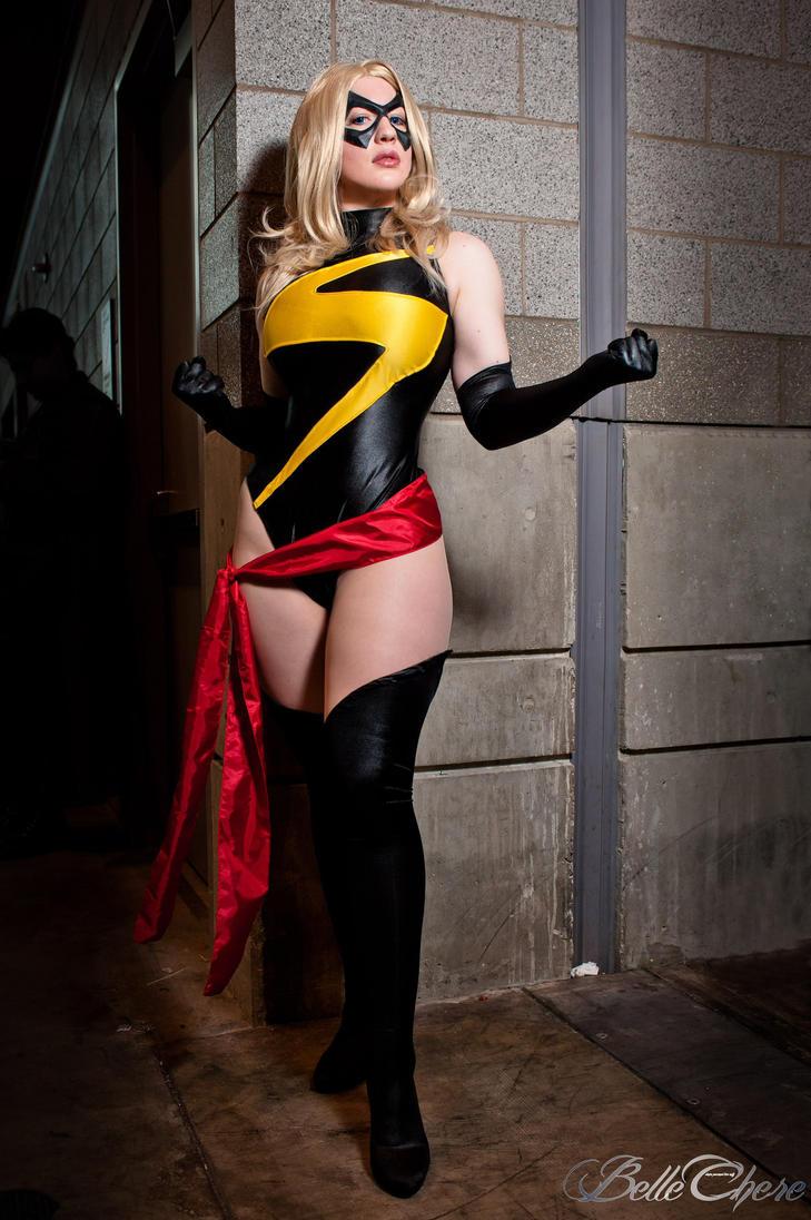 Ms. Marvel: The Avenger by BelleChere