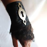 Keyhole Steampunk Wrist Cuff by RagDolliesMadhouse