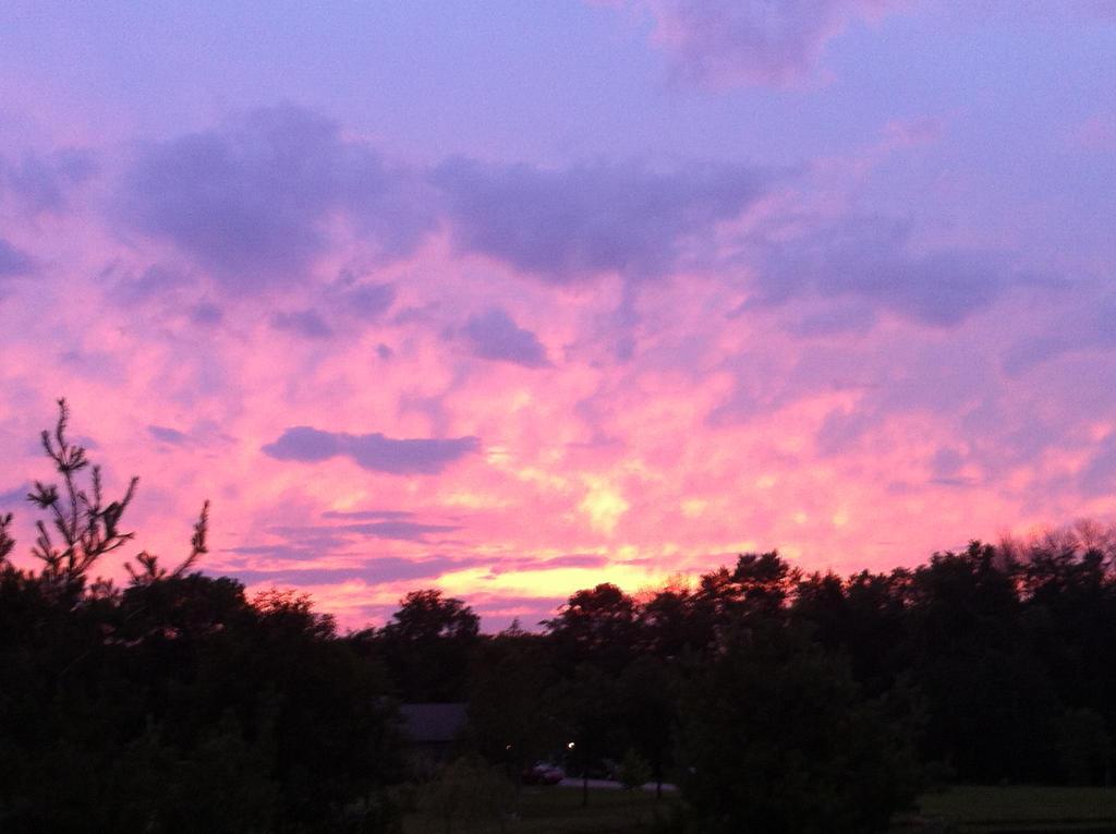 Ohio Sunset by KonekoKaburagi