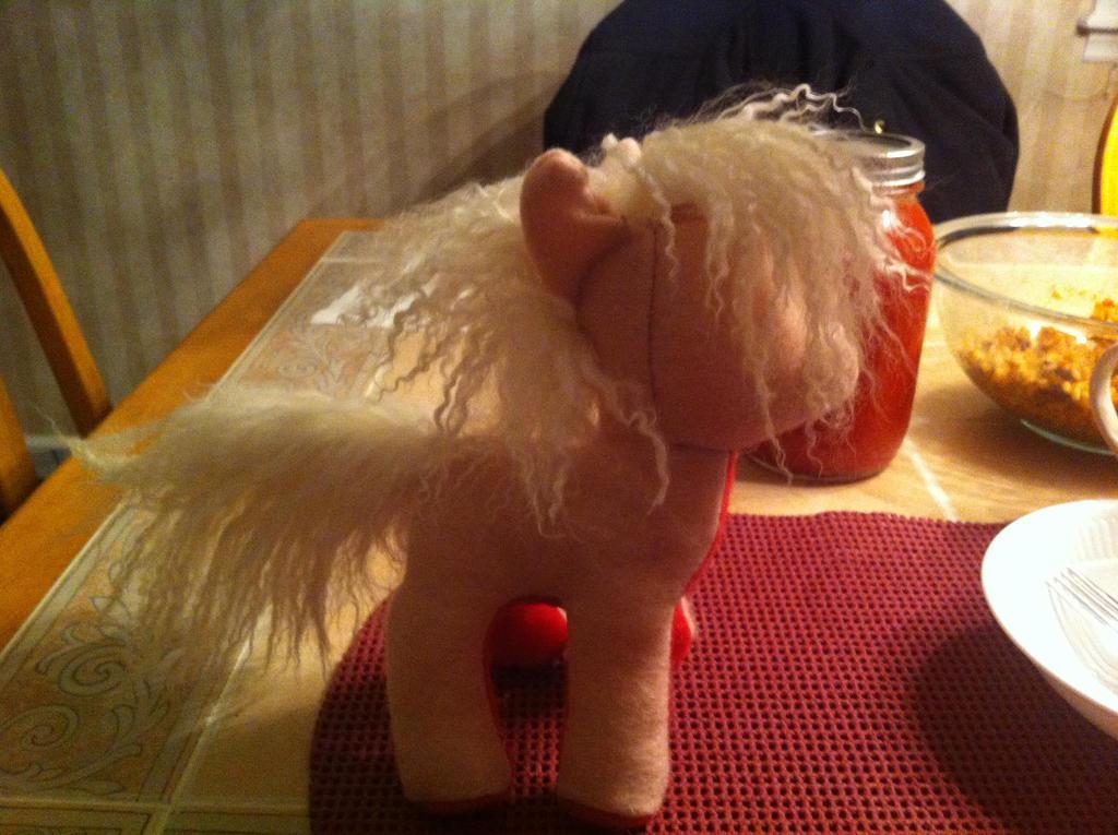 Pony Plush by KonekoKaburagi