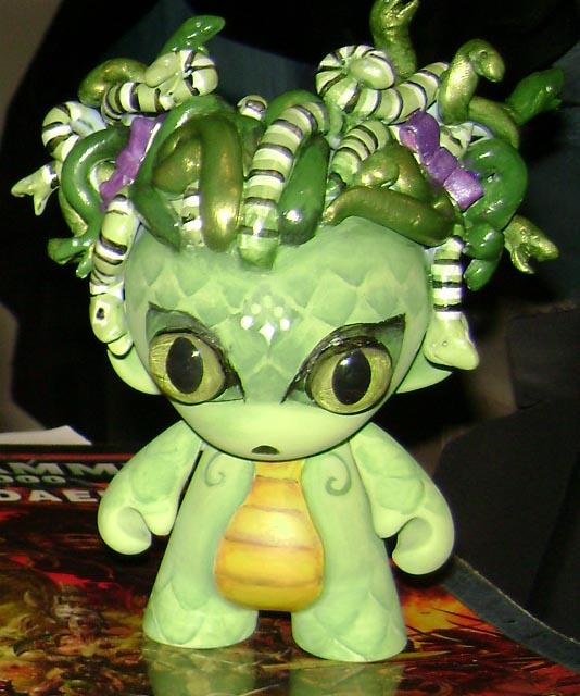 Kid Medusa Munny by MissNicka on DeviantArt
