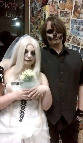 Dead couple by Neko-chan56