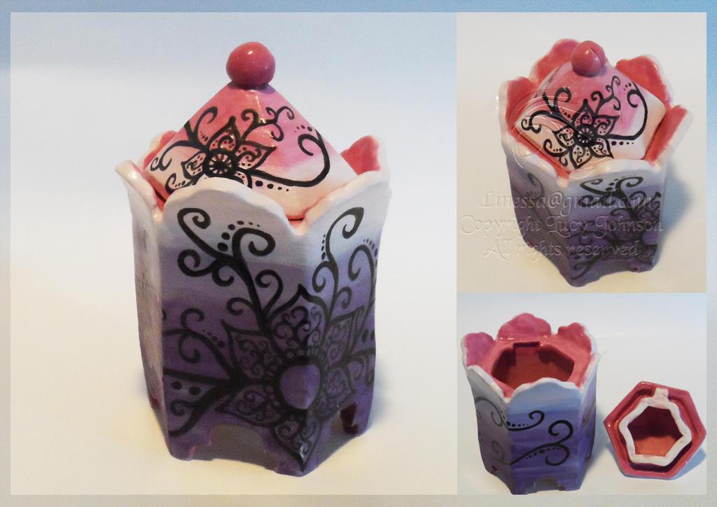 Tribal Flower Hexagonal Ceramic jar