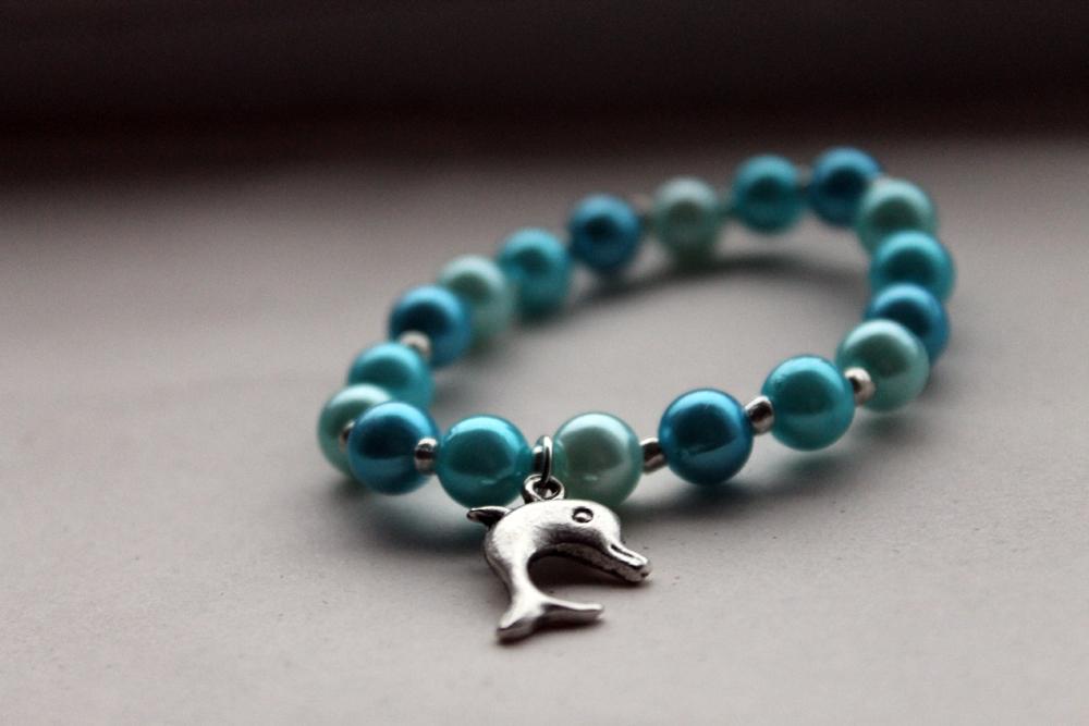 handmade blue beaded bracelet with tibetan silver by