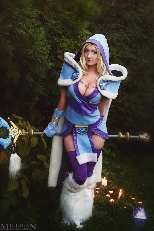 Full set on Crystal Maiden by DesireeSkai
