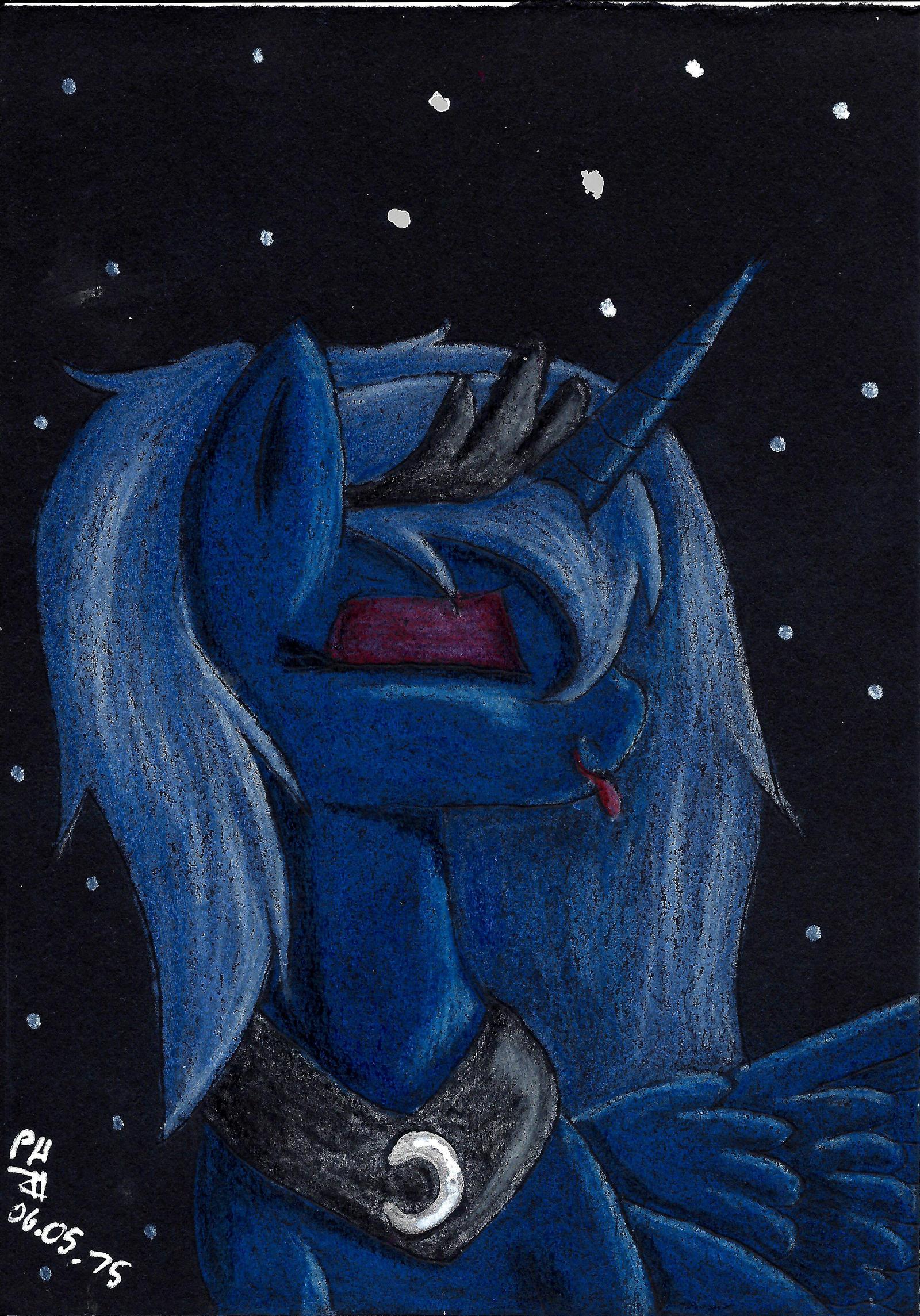 Luna by PanHaukatze