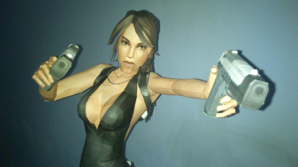 Lara Croft Papercraft PDO search by Sabi996