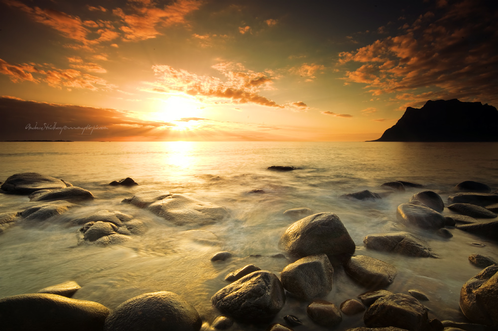 Polar Sunset by Stridsberg