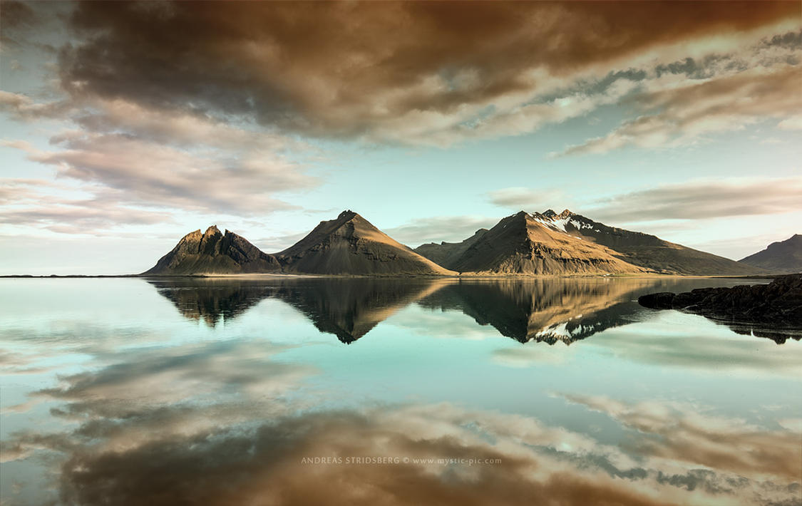 Midnight Sun Mirror by Stridsberg