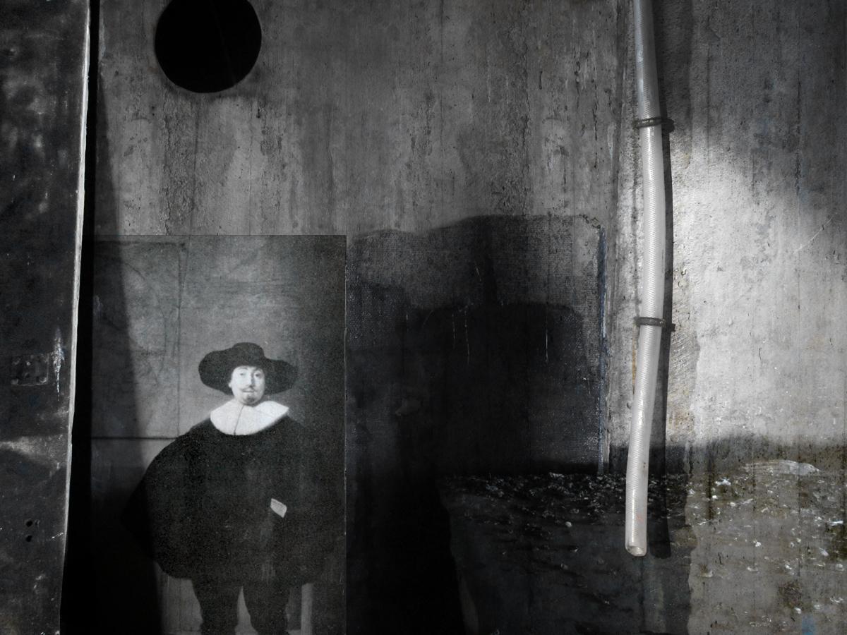 Strange days by derkert