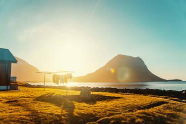 Icelandic Sunset by Eredel