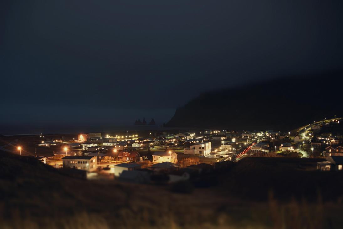 Night Vik by Eredel
