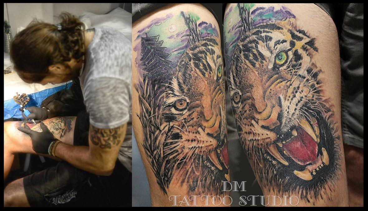 Self tattoo by DMaerografie