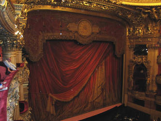 Opera Garnier - curtain