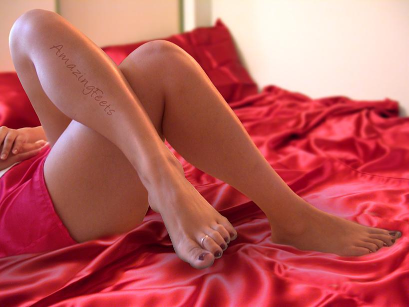 Sexy Legs - Sexy Satin