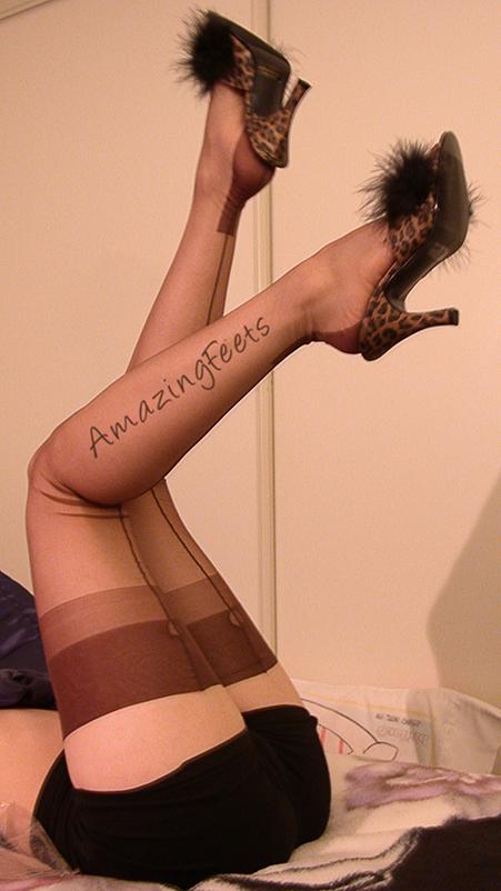 Sexy Stockings - Retro Pinup