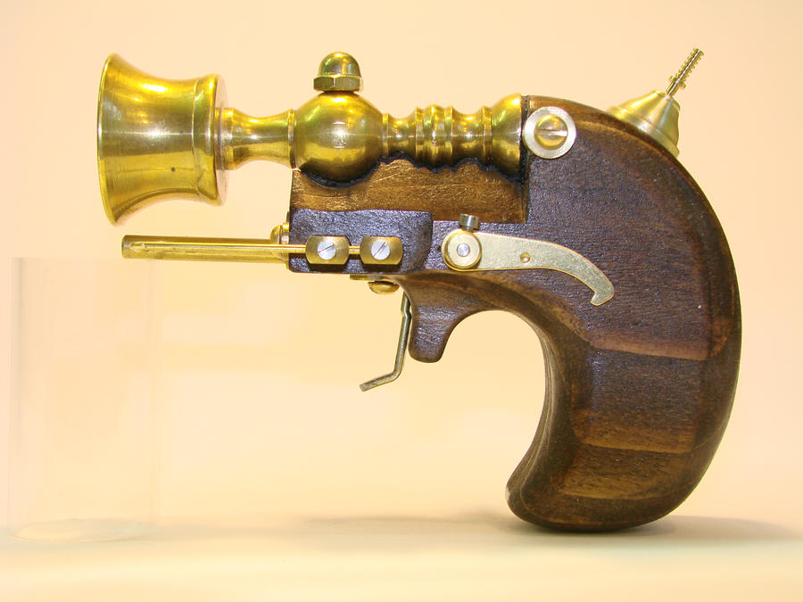 Steampunk Derringer side by OliverBrig