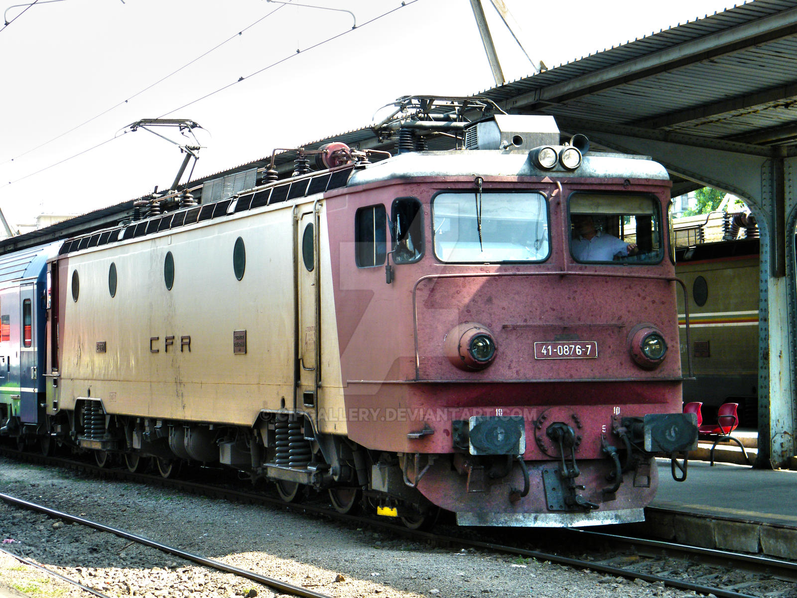 Locomotiva 41 - 0876 - 7 by Cipgallery