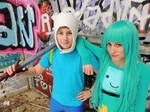Adventure Time Cosplay - Finn and BMO
