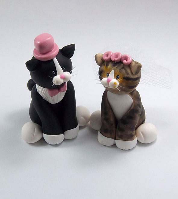Tuxedo cat and tabby cat wedding cake topper by tuxedo cat and tabby cat wedding cake topper by heartshapedcreations junglespirit Images