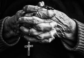 Old hands by neledesaeger
