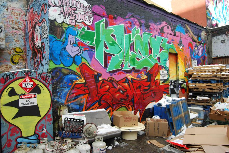 Urban Mess by Tchelebi