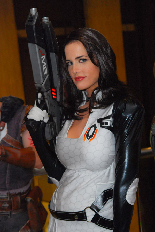 Miranda from Mass Effect by TheZe