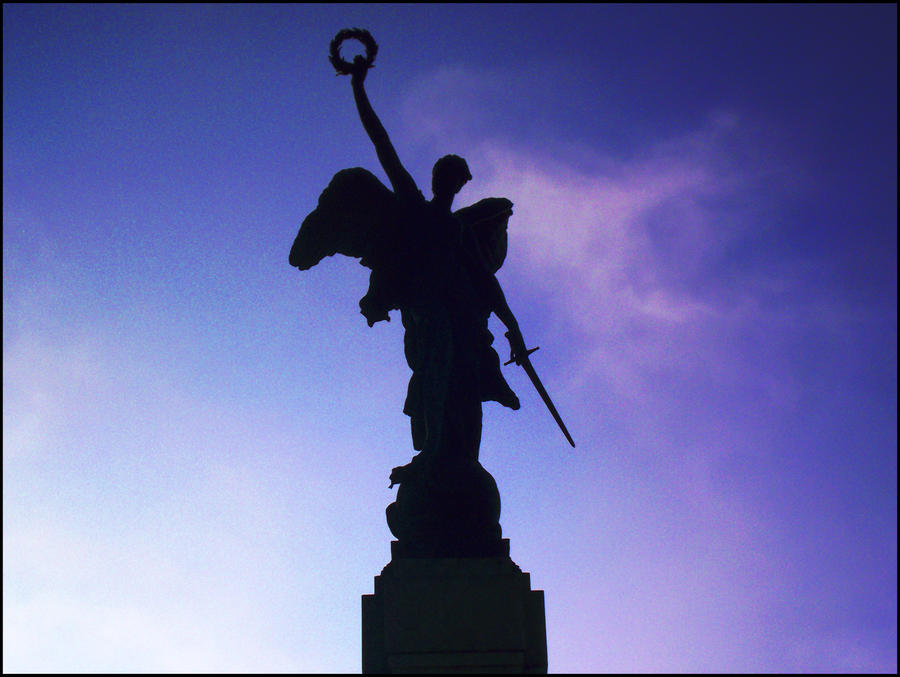 Angel Statue by Carnage-Alchemist