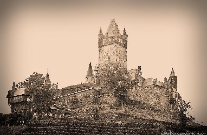 Burg Cochem by sataikasia
