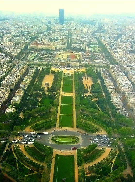 Eiffel Tower view by sataikasia