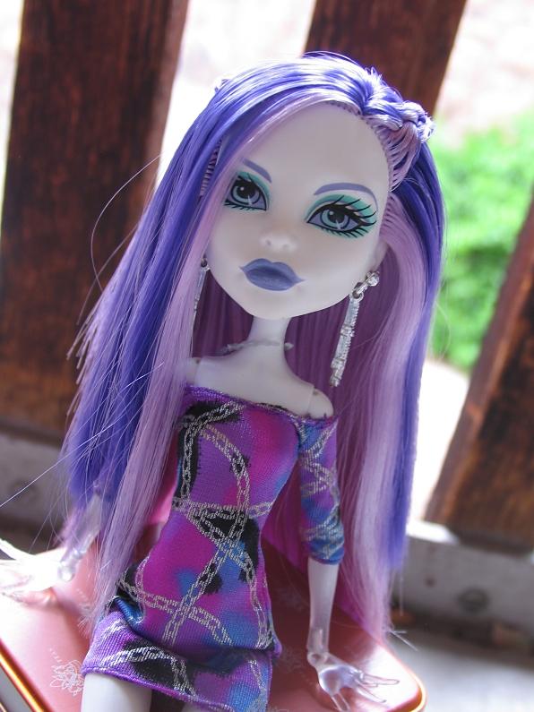 pretty purple hair by sataikasia