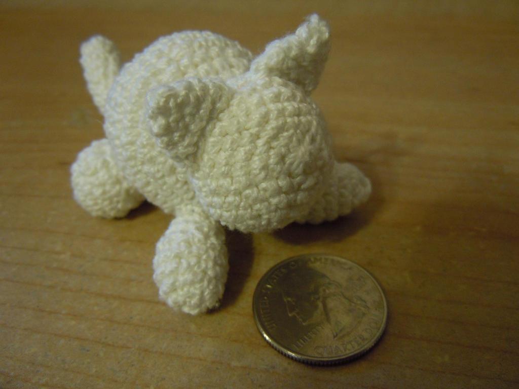 Amigurumi Kitty Mini : Mini Amigurumi Kitty by TwiSteDCBloSsoM