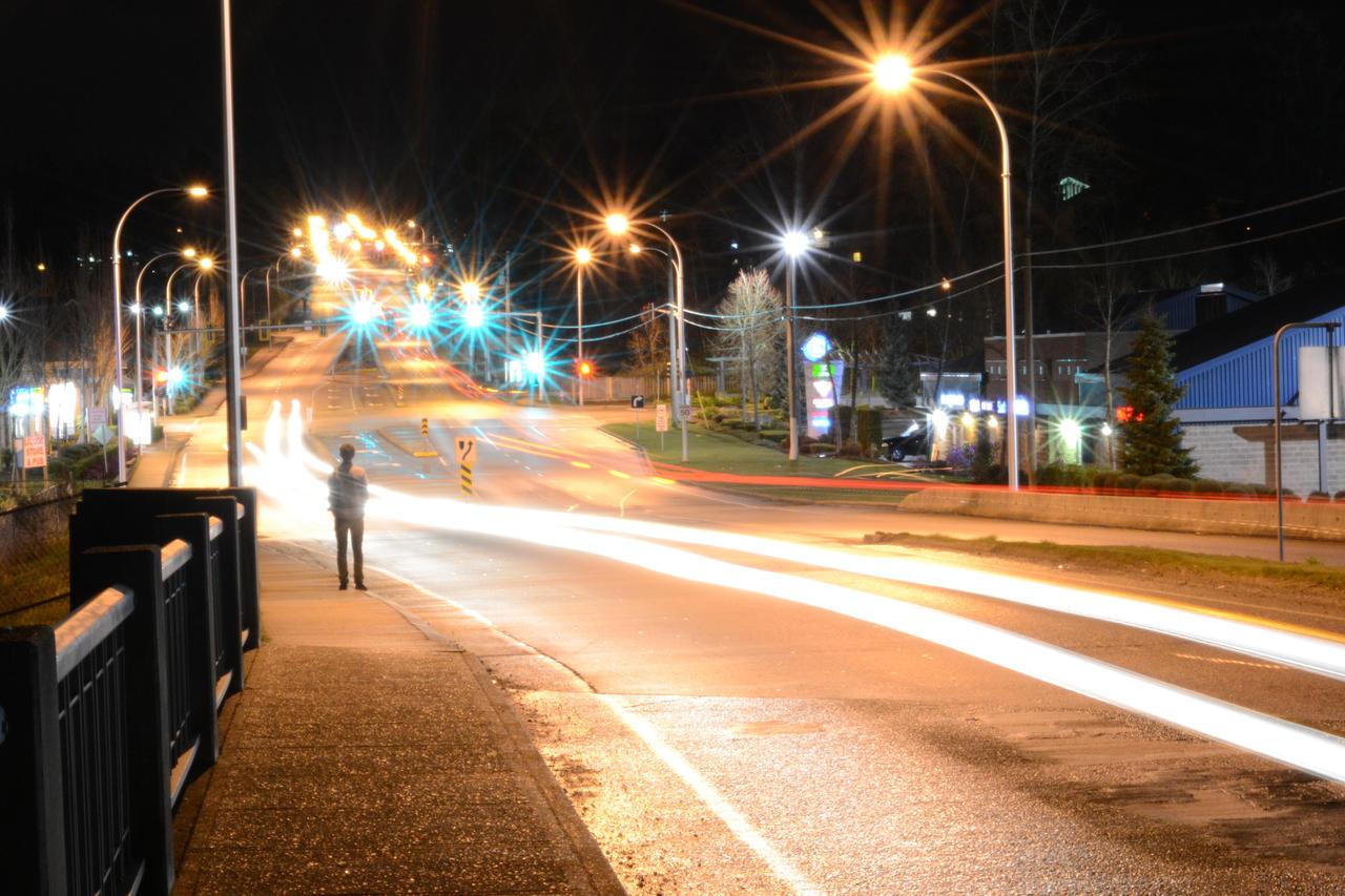 Lights by Kitsu-Nova
