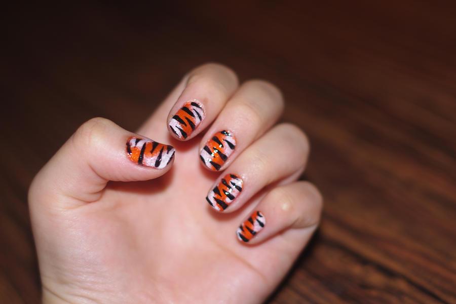 tiger nail art 3 by solidadino on DeviantArt