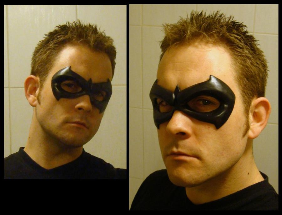 Sidekick -  Robin Mask by 4thWallDesign