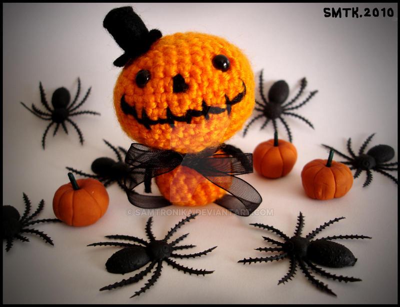 Halloween Pumpkin Amigurumi : .:Mister Halloween:. amigurumi by SaMtRoNiKa on DeviantArt