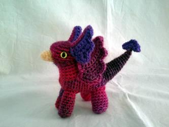 Wine Dragon Pigmy Gryphon by hollyann