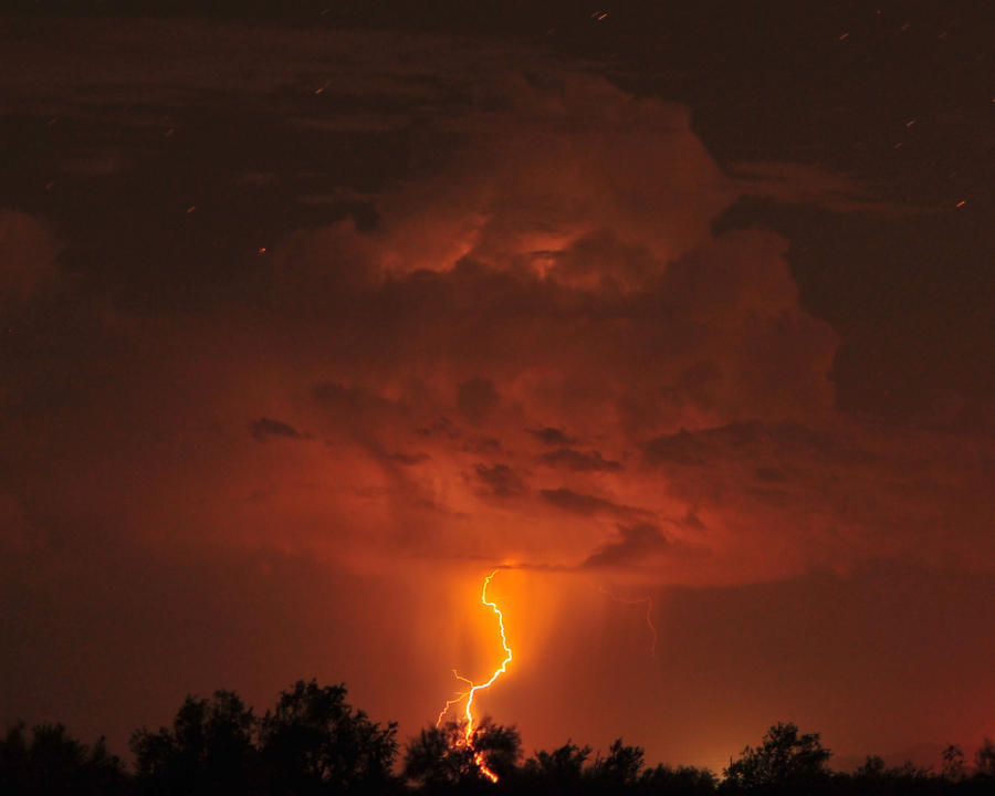 Desert Lightning by flatsix911