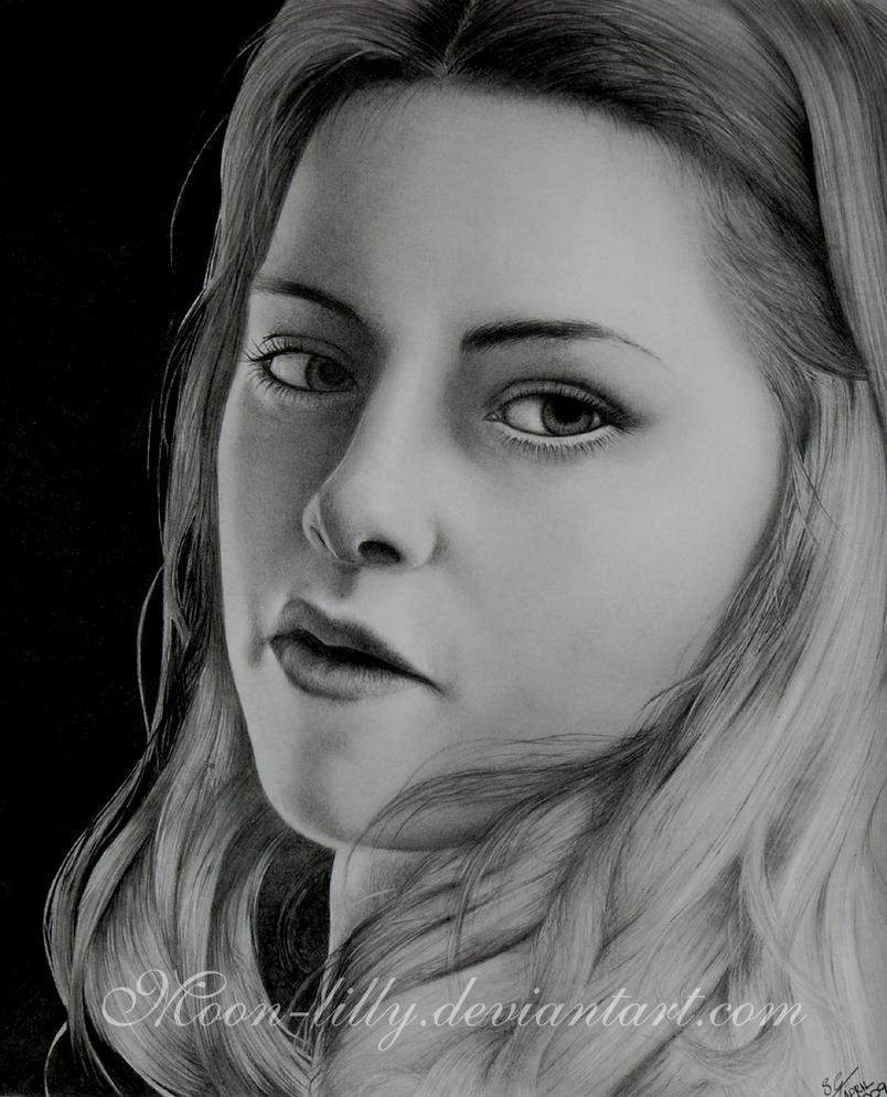 Twilight bella portrait by moon-lilly
