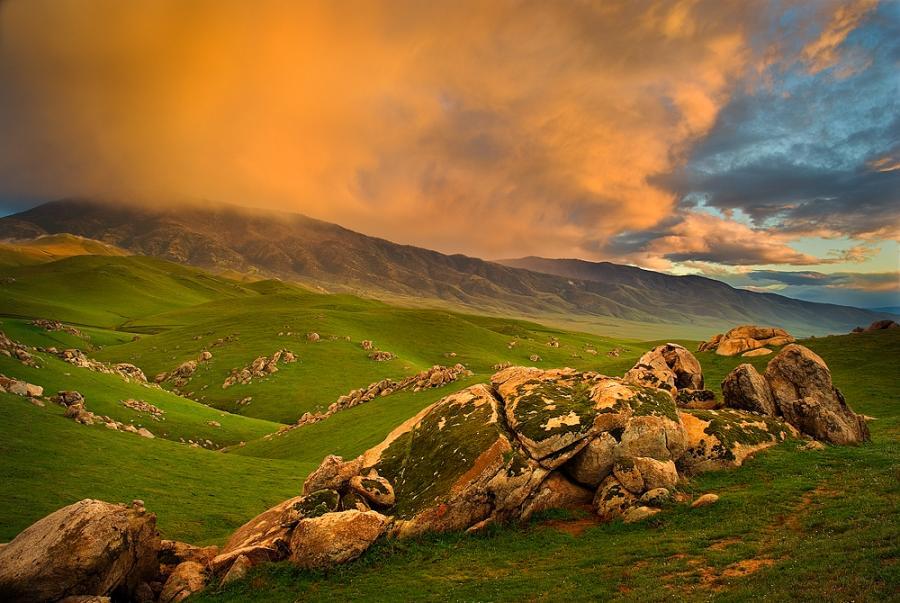 Highland Hills by HaldirMarchWarden